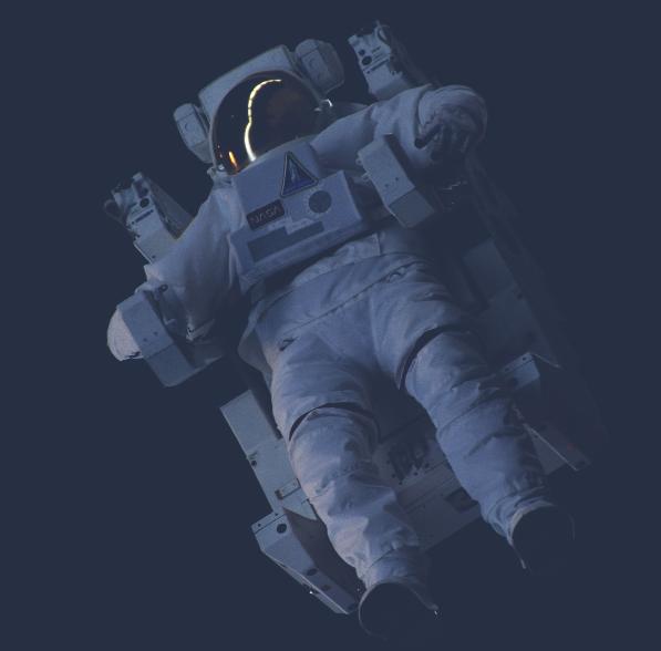 astronaut_crop2
